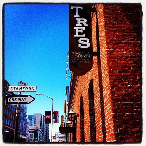 Foto scattata a TRES da Greg S. il 6/10/2012