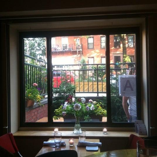 Foto scattata a Stonehome Wine Bar & Restaurant da Wendy M. il 7/9/2011