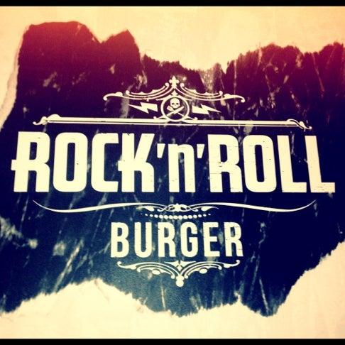 7/22/2012 tarihinde Guilherme F.ziyaretçi tarafından Rock 'n' Roll Burger'de çekilen fotoğraf
