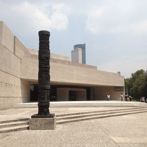 Foto diambil di Museo Tamayo oleh Mark W. pada 9/8/2012