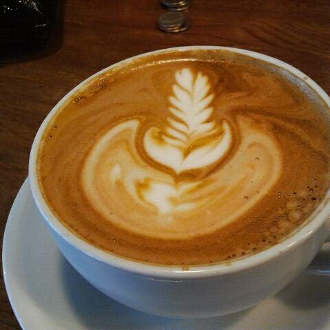 12/11/2011にtyson m.がCondesa Coffeeで撮った写真