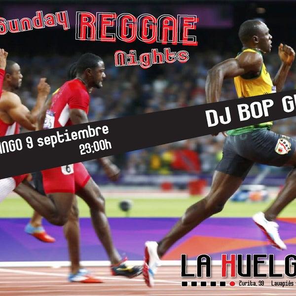 Hoy, como todos los domingos, SUNDAY REGGAE NIGHTS en La Huelga. Con DJ BOP GUN. Todo vinilo. Solo vinilo.