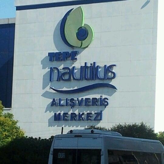 9/9/2012 tarihinde Nihal K.ziyaretçi tarafından Tepe Nautilus'de çekilen fotoğraf