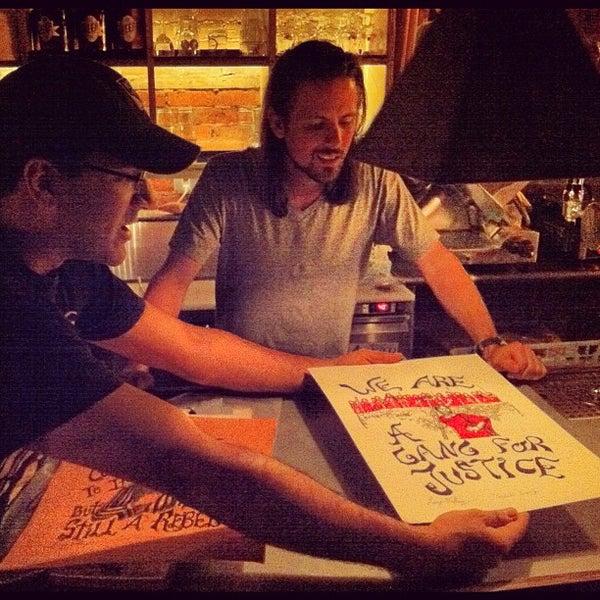 Das Foto wurde bei Alphabet City Beer Co. von Mike D. am 9/13/2012 aufgenommen