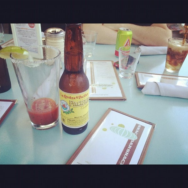 7/7/2012にMelody L.がSnack Barで撮った写真