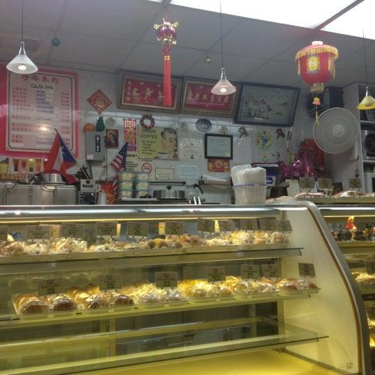 Foto Di Vip Cafe And Bakery Ruang Teh Di Lower East Side
