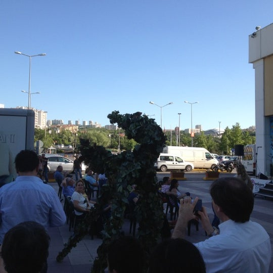 6/10/2012 tarihinde Galip Hasan G.ziyaretçi tarafından Bilkent Center'de çekilen fotoğraf