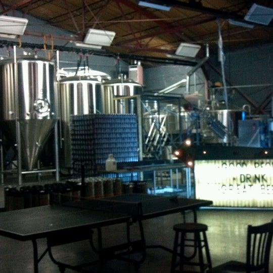 Foto diambil di Good People Brewing Company oleh Scott M. pada 7/4/2012