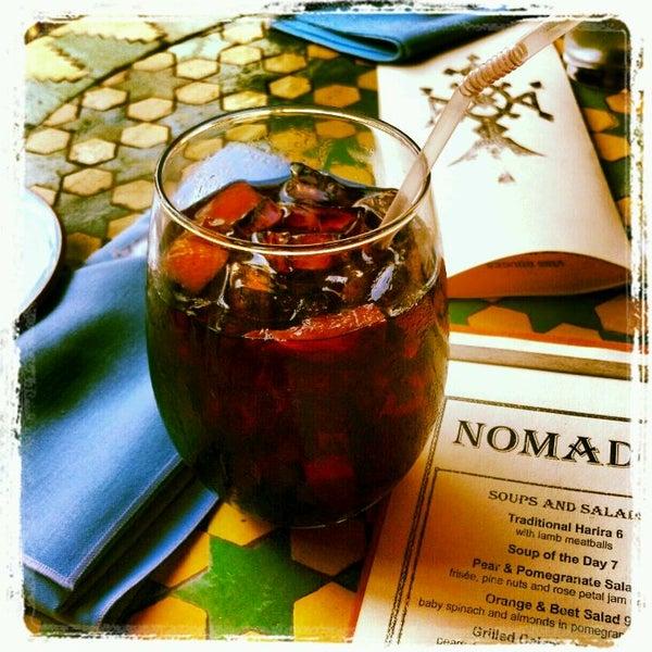 Photo prise au Nomad Restaurant par Kerrie M. le4/21/2012