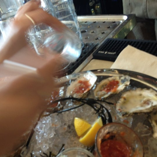 Photo prise au Henlopen City Oyster House par chip w. le7/2/2012