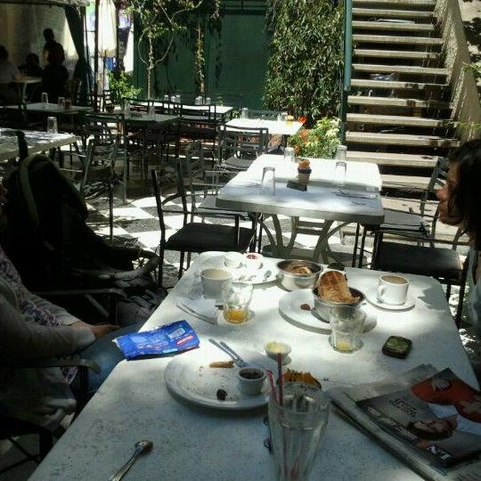 Foto scattata a Museo Evita Restaurant & Bar da Ivano V. il 10/30/2011