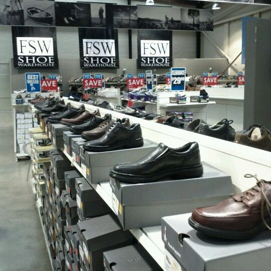 8718002b8e9 Photos at FSW Shoe Warehouse - Alexandria - 2 tips