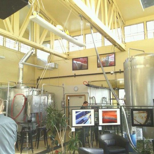 รูปภาพถ่ายที่ Mother Road Brewing Company โดย Nathan S. เมื่อ 1/10/2012