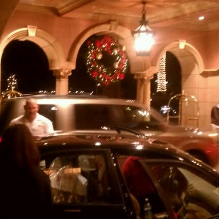 Das Foto wurde bei Fairmont Grand Del Mar von @SocialSweet S. am 12/18/2011 aufgenommen