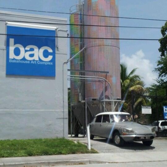 รูปภาพถ่ายที่ Bakehouse Art Complex โดย JLPR เมื่อ 8/22/2012