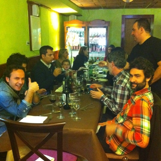 รูปภาพถ่ายที่ La Parmigiana โดย Paco M. เมื่อ 2/25/2012