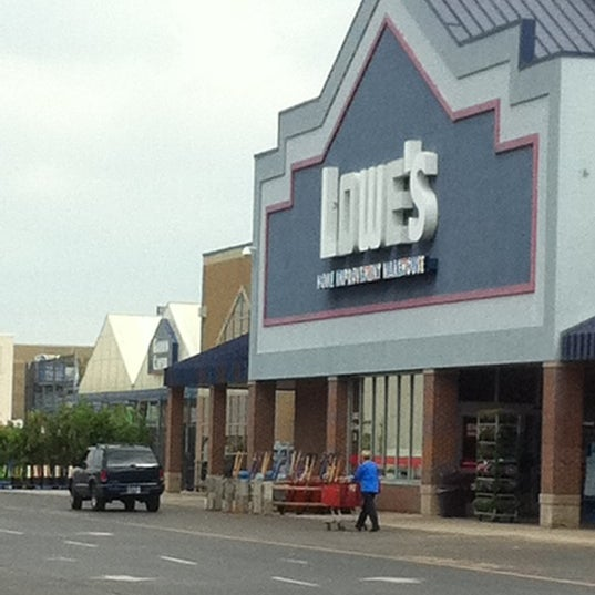 Photos at Lowe's Home Improvement - Hardware Store in Glendale