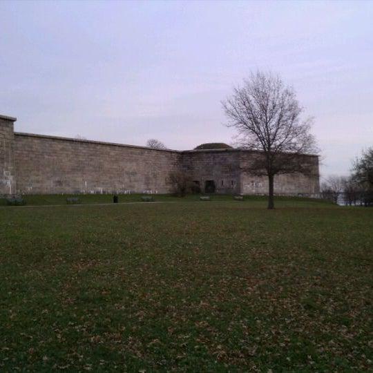 11/22/2011 tarihinde Magister S.ziyaretçi tarafından Castle Island'de çekilen fotoğraf