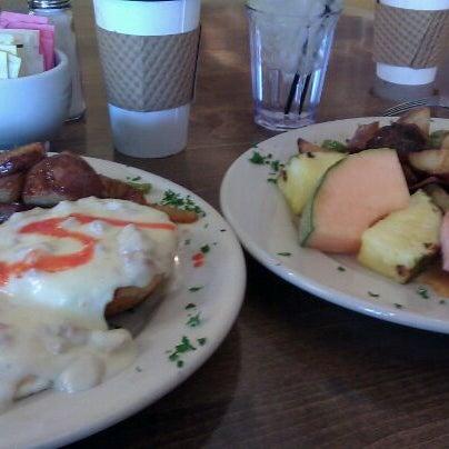 Photo prise au Breakfast Club par Michael A. le10/23/2011