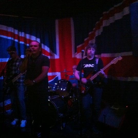 Снимок сделан в The Queen's Head пользователем Stan 10/22/2011
