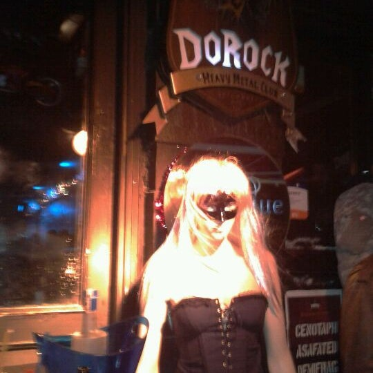 12/31/2011 tarihinde Gorkem D.ziyaretçi tarafından Dorock Heavy Metal Club'de çekilen fotoğraf