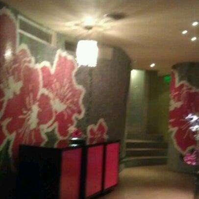 Foto diambil di Les Fleurs Boutique Hotel oleh Alex G. pada 11/8/2011