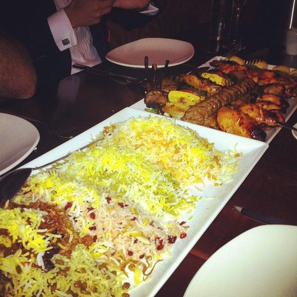 4/21/2012 tarihinde Sepehr V.ziyaretçi tarafından Sufi's Restaurant'de çekilen fotoğraf