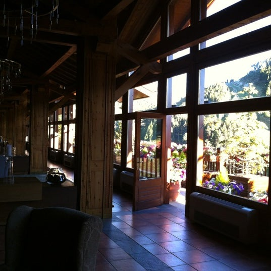 รูปภาพถ่ายที่ Sport Hotel Hermitage & Spa โดย Victor G. เมื่อ 7/17/2012