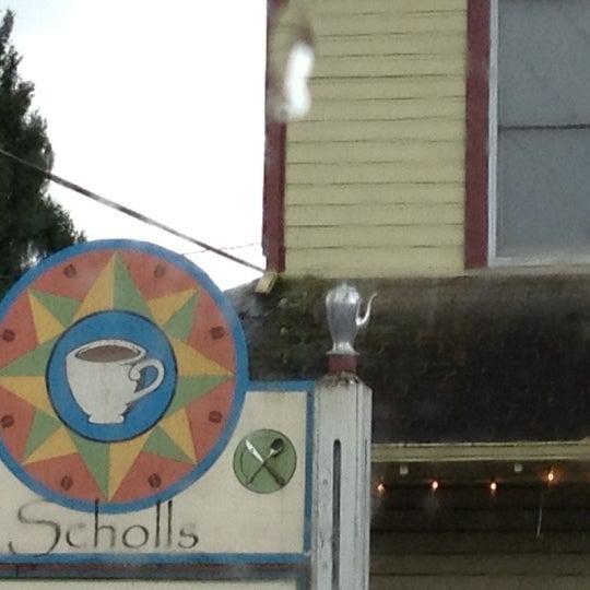 Photo prise au The South Store Cafe par Bill le3/18/2012