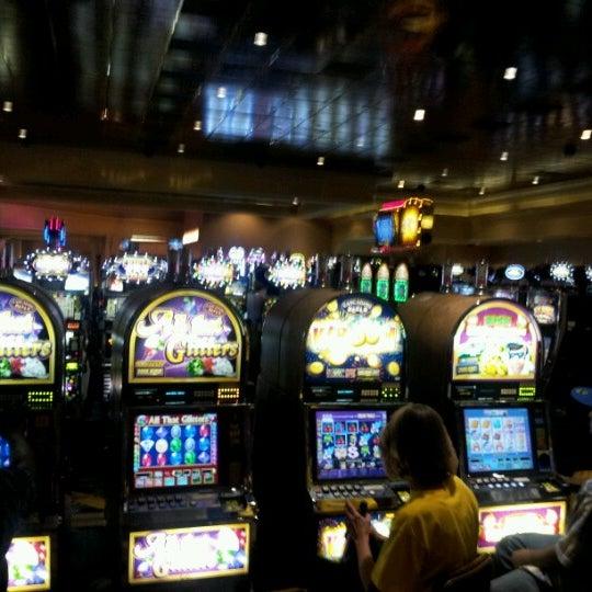 Foto scattata a Greektown Casino-Hotel da Nicholas T. il 7/14/2012