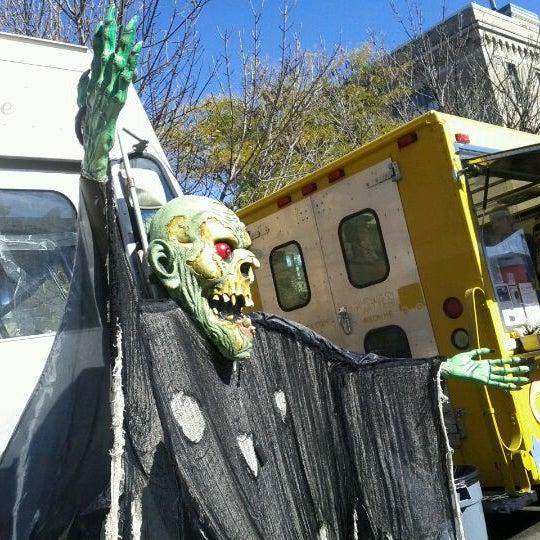 Foto tirada no(a) South End Open Market @ Ink Block por Lei Ann em 10/30/2011