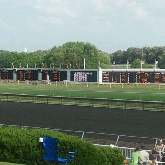 7/2/2011にJanelle I.がArlington International Racecourseで撮った写真