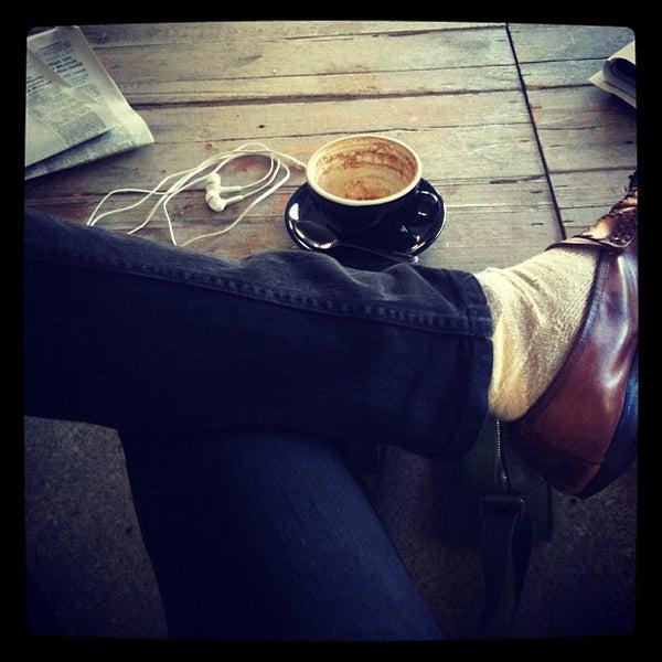 10/24/2011 tarihinde Axel K.ziyaretçi tarafından Analog Coffee'de çekilen fotoğraf