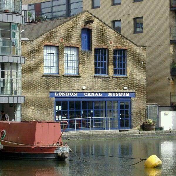 รูปภาพถ่ายที่ London Canal Museum โดย frogplate เมื่อ 5/25/2011