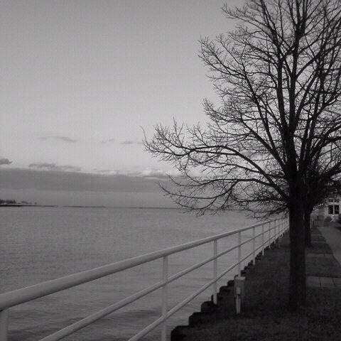 Foto tomada en Harbor House por Gil A. el 2/16/2012