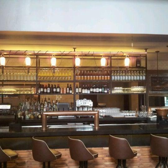 Foto tirada no(a) Cucina Asellina por Antoine V. em 6/5/2012