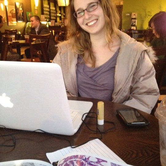 4/11/2012にJoseph T.がTea Leaf Cafeで撮った写真