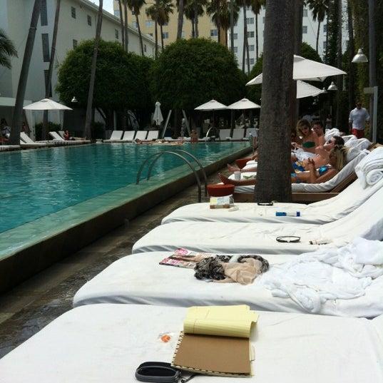 Photo prise au Delano Beach Club par Davide B. le3/21/2012