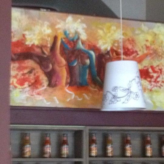 4/9/2012 tarihinde Roy S.ziyaretçi tarafından GourmArt'de çekilen fotoğraf