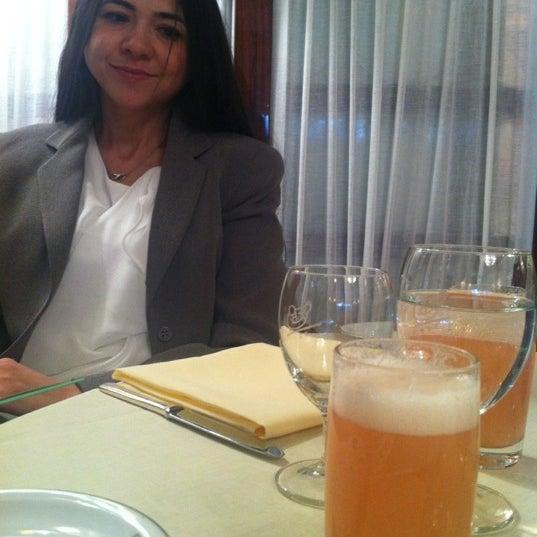 Foto diambil di Cipriani oleh Bengi E. pada 2/17/2012