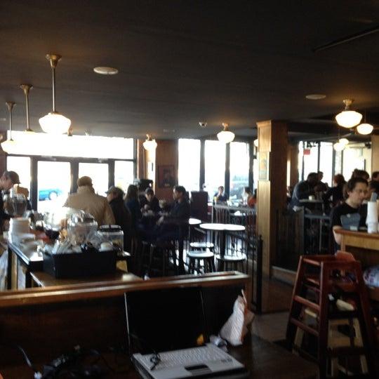 Das Foto wurde bei Indian Road Café von Carla C. am 3/10/2012 aufgenommen