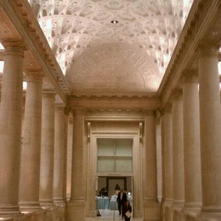 3/12/2011 tarihinde Ruddha C.ziyaretçi tarafından Asian Art Museum'de çekilen fotoğraf