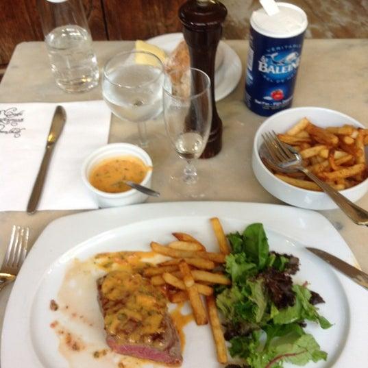 Photo prise au Restaurant de l'Ogenblik par Philip G. le8/28/2012