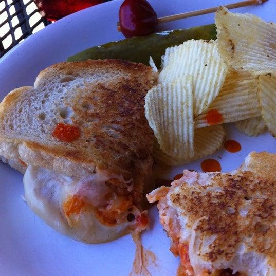 Foto tirada no(a) Hammontree's Grilled Cheese por Becky S. em 5/4/2011