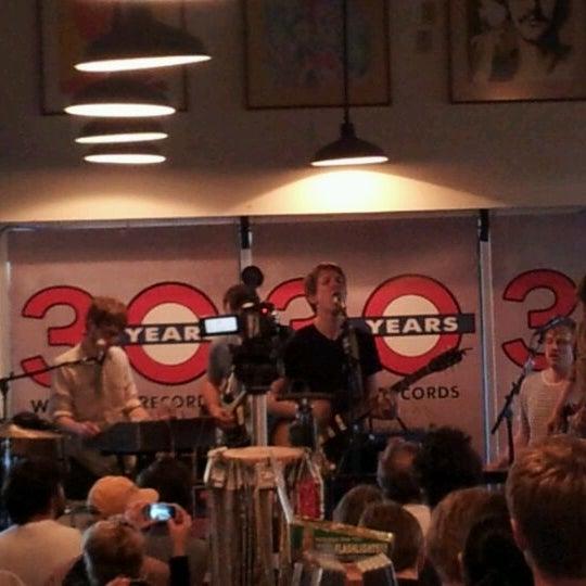 3/11/2012에 Anthony B.님이 Waterloo Records에서 찍은 사진
