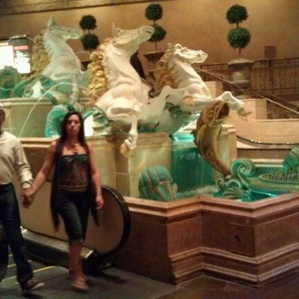 Снимок сделан в Eldorado Resort Casino пользователем April C. 9/25/2011