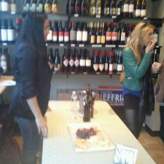 Foto scattata a Breukelen Cellars da Stevenson M. il 4/19/2012