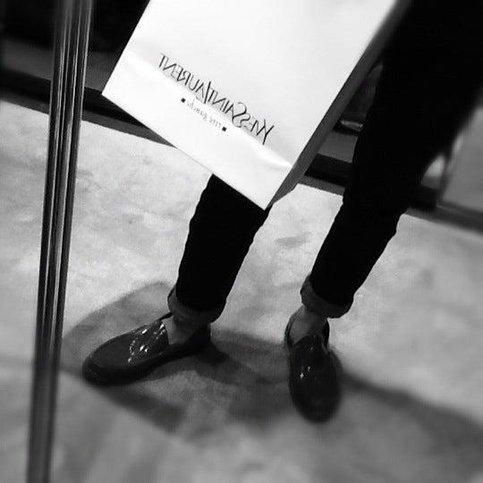 5/14/2012にTrin A.がSaint Laurentで撮った写真