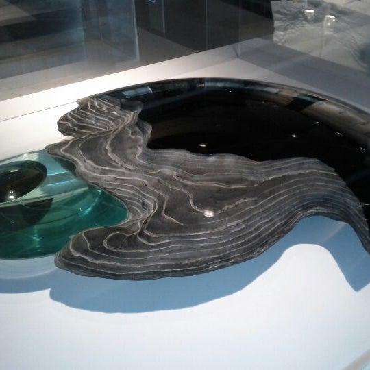 Photo prise au Corning Museum of Glass par Jacquelyn H. le6/19/2012