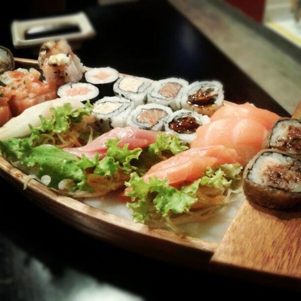 Foto tirada no(a) Kodai Sushi por Rodrigo T. em 7/9/2012